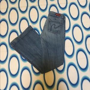 Citizens of Humanity Low Waist Full Leg Jeans 25